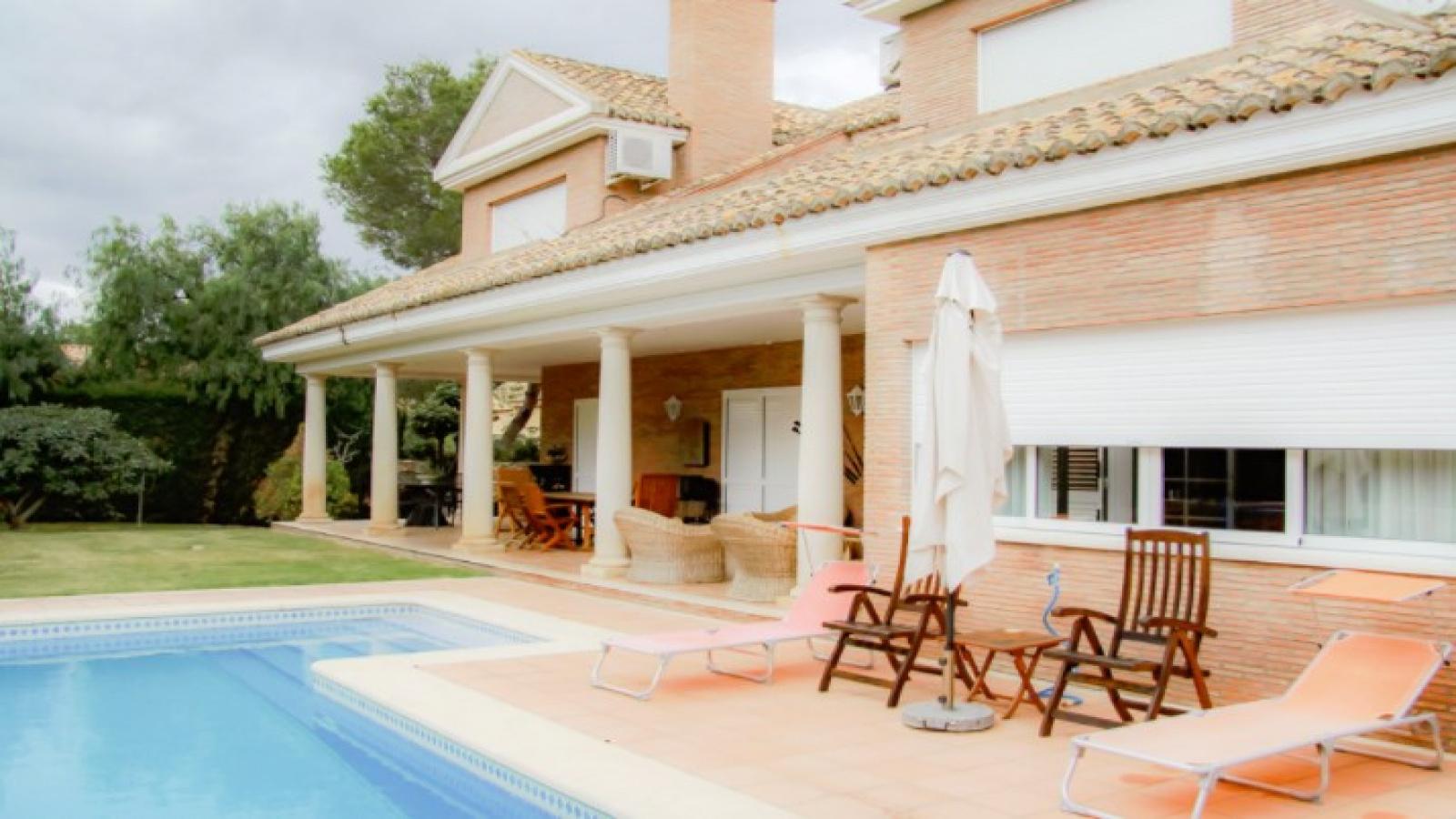 El Plantío, Paterna, Valencia, España, 6 Habitaciones Habitaciones, ,2 BathroomsBathrooms,Casa/Chalet,En venta,El Plantío,1120